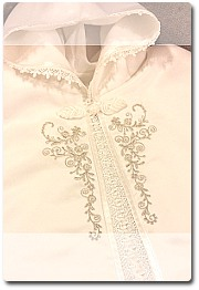 Baptism cape in white or ivory