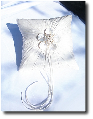 Ivory silk with mother of pearl flower